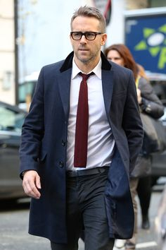 One Easy Style Move That'll Make You Look Almost as Great as Ryan Reynolds