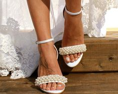 Block heel wedding white leather sandals/ Handmade white leather heels/ Bridal shoes/ Pearl wedding shoes/ White bridal heels VALENTINA