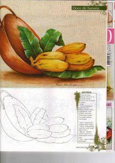 tacho de cobre com bananas