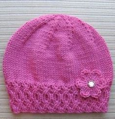Knitted beanie with Flower Knitted Hat with Flower, Free knitting pattern. Hat is knit and flower is crochet. Baby Hats Knitting, Knitting For Kids, Baby Knitting Patterns, Knitting Stitches, Free Knitting, Knitting Needles, Knitted Hat Patterns, Knitted Baby Hats, Stitch Patterns