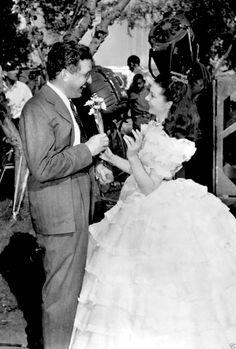 Vivien Leigh with producer David O. Selznick on the set of Gone with the Wind, 1939