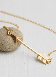 Golden Arrow Necklace Nature Woodland Archery -- would be nice for a Katniss inspired outfit, or Snow from OUaT!