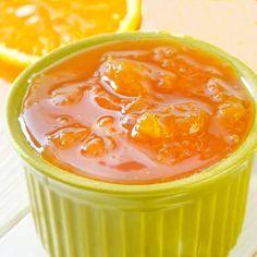 Esta mermelada de naranja, limón y mandarinas recoge el sabor y propiedades de los mejores cítricos. Es muy fácil de preparar y se conserva de maravilla. Jelly Recipes, Jam Recipes, Sweet Recipes, Cooking Recipes, Gourmet Desserts, Delicious Desserts, Dessert Recipes, Yummy Food, Jam And Jelly