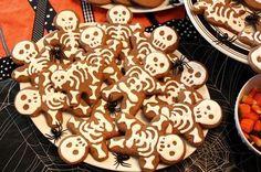 Skelleton Cakes Biscuit Skulls Halloween Snacks