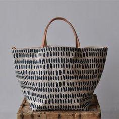 BOX TOTE pepita | Etsy Tote Bags For College, Diy Pochette, Honey Colour, Linen Bag, Waxed Canvas, Cotton Canvas, Color Lines, Fabric Bags, Shopper