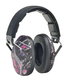 These low profile Muddy Girl Camo earmuffs are slim and lightweight!