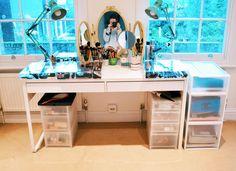 Cantinho de beleza: Vic Ceridono mostra como organiza seus produtos de maquiagem em Londres | Chic - Gloria Kalil: Moda, Beleza, Cultura e Comportamento