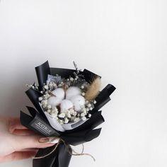 Single Flower Bouquet, Small Flower Bouquet, Floral Bouquets, Small Flowers, Dried Flowers, Paper Flowers, Cotton Bouquet, Diy Bouquet, Dried Flower Arrangements