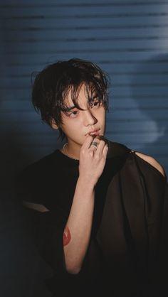 Korean Boys Ulzzang, Cute Korean Boys, Asian Male Model, Male Models, Beautiful Boys, Pretty Boys, Poses, Jaewon One, First Rapper