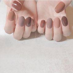 Best Nail Polish Colors of 2019 for a Trendy Manicure Korean Nail Art, Korean Nails, Love Nails, Fun Nails, Pretty Nails, Minimalist Nails, Nail Swag, Uñas Color Cafe, Multicolored Nails