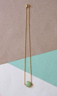 Collar piedra semi-preciosa verde   www.facebook.com/sybillebcn