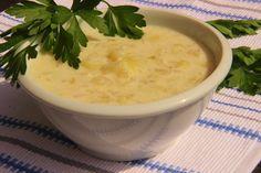 Recept na tuto vydatnou polévku mám od manželovy babičky, která pochází z Plešovic, prý ji tak dělávali, tak jí věřím. Někdy do ní př...