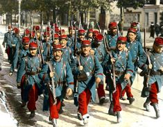 French soldiers in uniform at the time of mobilization, August 1914 (coloured photo)