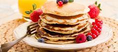 Iedereen kent pannenkoeken met melk natuurlijk. Maar de speciliteit van de Twentse Boerin (Ik dus) zijn de boerenkwarkpannenkoekjes met (Twentse) Blauwe...