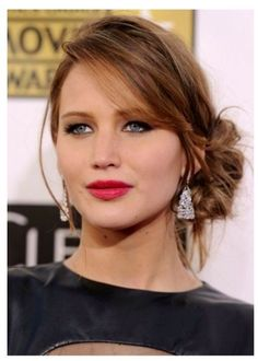 Latest Updo hairstyles for round faces