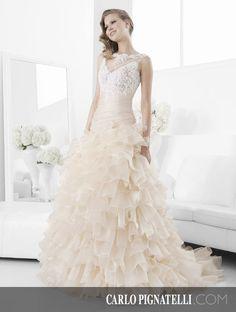 """Model """"Artemisia"""" - Fiorinda le spose di Carlo Pignatelli 2015. #carlopignatelli #sposa #bride #weddingdress #bridalgown #weddingday #matrimonio"""