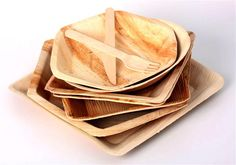 Novi trend – Bambus u kuhinji Table Settings, Plates, Simple, Inspiration, Wedding Stuff, Nice, Home Decor, Hampers, Bamboo