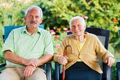 W czwartek (1 października) obchodzimy Międzynarodowy Dzień Osób Starszych, czyli tej grupy społeczeństwa, która - według danych GUS i Eurostatu - dynamicznie rośnie. Prognozy demografów mówią, że do 2020 r. seniorzy będą stanowić blisko 25 proc. polskiego społeczeństwa.