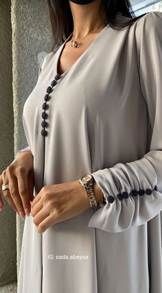 Pakistani Fashion Party Wear, Abaya Fashion, Muslim Fashion, Fashion Outfits, Mode Abaya, Mode Hijab, Morrocan Fashion, Hijab Style Dress, Sleeves Designs For Dresses