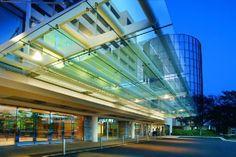 Hyatt Regency O'Hare entry canopy: our lighting of CLEAR glass!