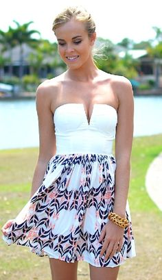 Summer dresses 2014. Find your fashion accessories here myfriendshop.com