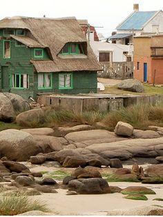 URUGUAY # 2 -Balneario Punta del Diablo en el departamento de Rocha