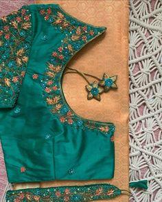 Hand Work Blouse Design, Blouse Designs Silk, Bridal Blouse Designs, Indian Blouse, Blouse Styles, Floral Blouse, Silk Sarees, Bridal Jewelry, Designer Dresses
