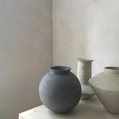 #studiomc #ceramics #pottery #handbuilt #handbuilding #round #angled #greenware #stoneware #handmade #love #jessicacoates #michelmüller #ceramicart