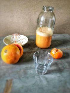 Grapefruit smoothie. Een frisse lente smoothie met grapefruit. Dat is deze oranje smoothie met mandarijn en grapefruit dus, een lekkere vitamineboost. Het recept vind je op organichappiness.nl of via de knop 'bezoeken'.