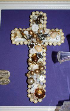 Southern Scraps : Broken jewelry cross