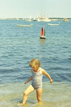 Caroline Kennedy in Hyannis Port, MA during the summer of 1963. ☀❤✽❤❁❤❁❤❁❤✽❤☀ http://en.wikipedia.org/wiki/Caroline_Kennedy     http://en.wikipedia.org/wiki/Hyannis,_Massachusetts