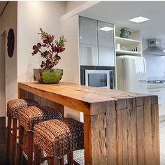 """""""Super regram do @decoreinteriores  com essa cozinha super diferente. Feita por Eduarda Corrêa. Lindíssima! """""""