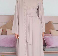 Modest Fashion Hijab, Abaya Fashion, Suit Fashion, Muslim Fashion, Modest Outfits, Fashion Dresses, Beautiful Gown Designs, Beautiful Gowns, Mode Abaya