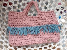 Handmade tshirt yarn handbag for a unique style.Pink with blue tassels made by the same yarn. Crochet Handbags, Crochet Bags, Tshirt Garn, Trendy Handbags, Boho Outfits, Gifts For Women, Tassels, Light Blue, Pink