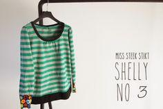 Miss Steek stikt weer een Shelly trui voor zichzelf