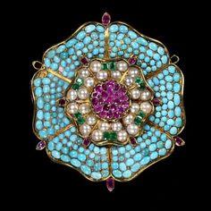 aleyma:    Tudor rose brooch, made in England, 1830-40 (source).