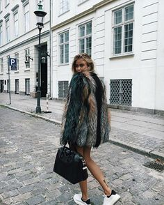 More Colors - More Fall / Winter Fashion Trends To Not Miss This Season. - Fashion New Trends Fashion Killa, Look Fashion, Fashion Beauty, Fashion Outfits, Womens Fashion, Fashion Trends, Fashion Tag, Fashion Mode, Fashion 2017