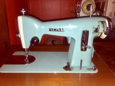 Vintage White Turquoise Working Sewing Machine Model 1514