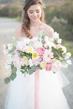 Lush pastel bridal bouquet | by Gavita Flora | Photo by http://www.rahelmenigphotography.com/. #Spring #wedding #flowers