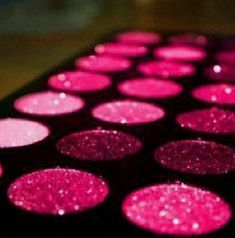 Sparkly Pink Eyeshadow :D
