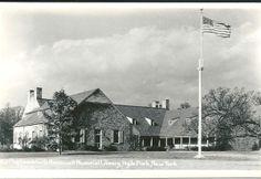 Franklin Delano Roosevelt Memorial Library, Hyde Park, New York