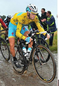 Gallery: Riders relieved to get through cobbled Tour de France stage - Race leader Vincenzo Nibali