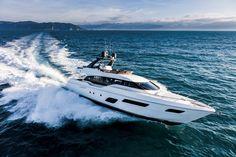 #FerrettiYachts 700 New #FerrettiGroup #Luxury #Yacht