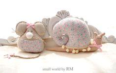 Pareja de Ratón Pérez guardadientes y caracol, ideales para decorar puertas, armarios, etc...se pueden realizar en cualquier color y estampado. | mouse, snail