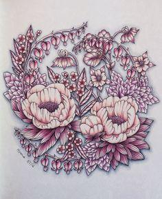 Coloured by Morena Vajak. #blomstermandala #mariatrolle #colouring #colouredpencils #mycreativeescape #flowers #prismacolor Follow me on Insta @morena_vajak