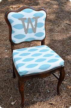 Recovered chair with burlap initial (how to)