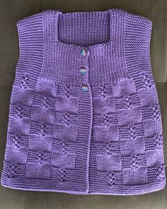 No photo description available. Baby Cardigan Knitting Pattern, Knit Jacket, Baby Knitting Patterns, Knitting Designs, Crochet Girls, Crochet Baby, V Stitch Crochet, Knitted Jackets Women, Cute Little Girl Dresses