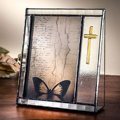 J Devlin Pic 36746V Stained Glass Photo Picture Frame Holds 4x6 Vertical Portrait Clear and Yellow Amber >>> This is an Amazon Affiliate link. Check out the image by visiting the link.