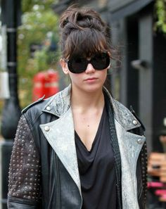 Daisy Lowe top knot/fringe hair trend