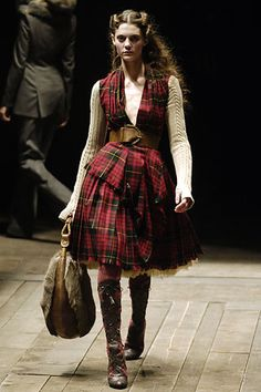 Alexander McQueen Fall 2006 Ready-to-Wear - Collection - Gallery - Style.com